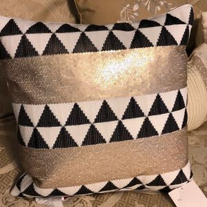 Decorative pillow New